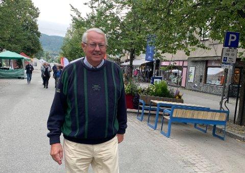 Torsdag morgen, før Steinkjermartnan åpnet, møtte Steinkjer-Avisa Kjell Stamnes fra Beitstad. Etter at han ble voksen har han bodd i Bærum. - Jeg skal møte folk jeg gikk i klasse med på gymnaset.