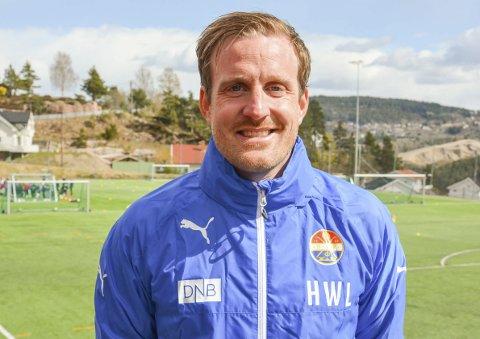 SIF: Håkon Wibe Lund er assistenttrener for Strømsgodset, men startet trenerkarrieren i Svelvik.