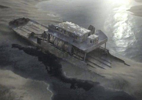 Søndag kl. 2100: National Geographic sender søndag dokumentaren, som har fått den «Hemmeligheter på havets bunn». Nye regigrep er tatt i bruk for å fortelle historien om DF Hydros siste reise og tungtvannet som var om bord. (fstillbilde fra Hemmeligheter på havets bunn)
