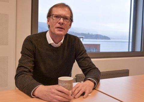 SPENT: Lokalpolitiker, fylkesleder og landsstyremedlem Torgeir Fossli i Venstre er svært spent på forhandlingene om et regjeringssamarbeid, som startet etter nyttår. Han vedgår også at det hele er krevende siden mange i partiet egentlig ikke ønsker et samarbeid med Frp.