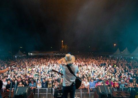 GODT BESØK: Mellom 22 000 og 23 000 besøkte Countryfestivalen i Seljord.