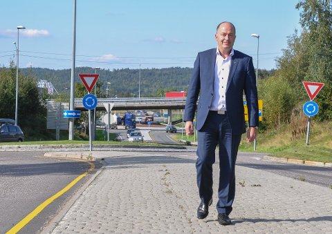 FrPs grunnholdning til konkurranse gjør også at vi er skeptisk til Avinors monopolrolle og har et ønske om bedre konkurranse mellom lufthavner for å skape et mer kunderettet tilbud for både flyselskaper og passasjerer, skriver Morten Stordalen.