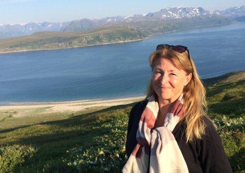 Tone Lind Jørgensen har selv følt hva som skjer med kroppen før drukning. Hun mener man må vise mer oppmerksomhet når andre bader.