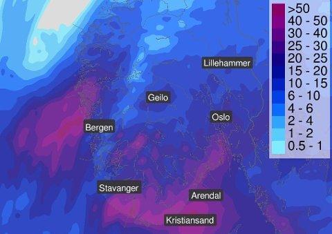 LAVTRYKK PÅ VEI: Meteorologene advarer - de neste dagene kan bli våte på østlandet.