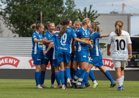 REAKSJONER: Sandefjord Fotball Kvinner fikk inngå en avtale med Flint etter at serien hadde startet. Det har skapt reaksjoner i fotball-Vestfold.