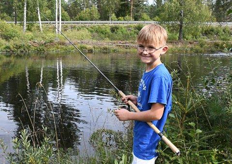 Elias Myhren Gundersen (10) var den beste fiskeren i sin klasse under norgesmesterskapet.