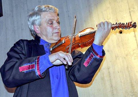 Stor betydning: Jørn Hilme-stemnet var medvirkende årsak til at Jan Arne Sebuødegård begynte å spille hardingfele.
