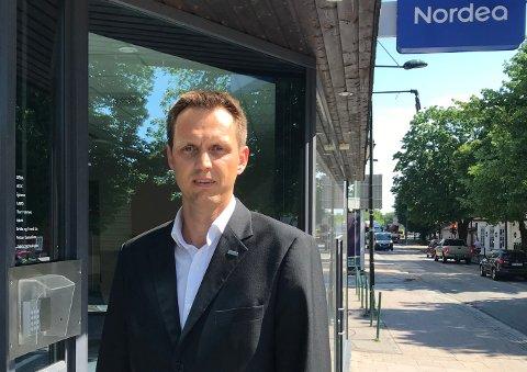 SKAL FLYTTE: Thomas Frantzen, banksjef i Nordea Vestfold, mener flyttingen fra lokalene i Nedre Langgate vil bli til det beste for kundene.