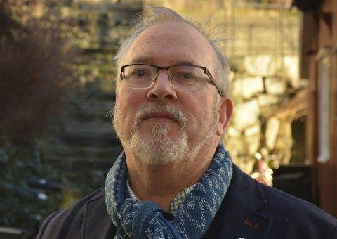 Ordfører Per Kristian Lunden forteller tirsdag kveld at en mann i Risør har testet positivt for korona.