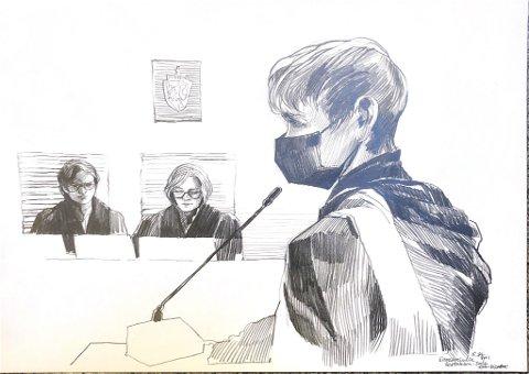 I RETTEN: Laila Anita Bertheussen i retten fredag. Tegning: Esther Bjørneboe