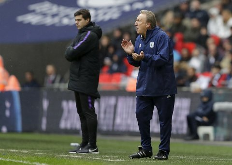 Cardiff City-manager Neil Warnock har en dårlig statistikk på bortebane mot lag fra London. (AP Photo/Kirsty Wigglesworth)