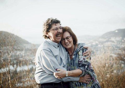 Miguel Castillo (70) fra Chile og Anne Sofie Vik (66) fra Stavanger fant hverandre i Bergen i 1974, og har blitt boende i byen mellom de syv fjell siden.