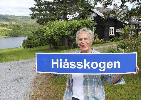 SIGRIDS «KALVEHAGE»: Det var her Sigrid Kvisle vokste opp sammen med mor, far og søsken. I godt voksen alder sa hun farvel til bylivet og flyttet hjem igjen til Hiåsskogen. Her bor hun alene og nyter naturen, freden og roen.