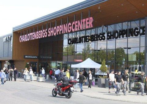 CHARLOTTENBERGS SHOPPINGCENTER: I fjor var 80 prosentene av kundene nordmenn. Nå ønsker senteret direktetog fra Oslo til Charlottenberg.