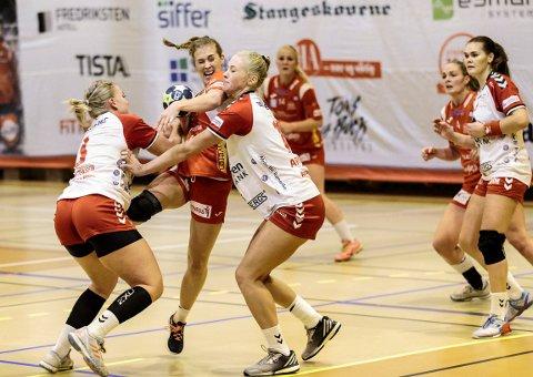 LEGGES MERKE TIL: Malene Staal vekker oppmerksomhet for den innsatsen hun viserpå håndballbanen.
