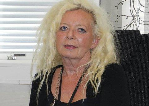 SYKMELDT OG OPPSAGT: Kemner Berit Stangeland har oppsigelsestid ut 2018. Hun er svært kritisk til hvordan Halden kommune har håndtert varslingen mot henne og den påfølgende prosessen med oppsigelse.