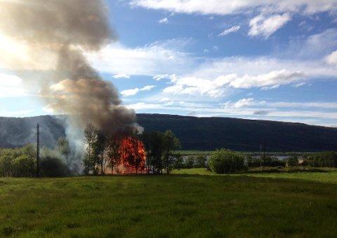 Tilsyn med brannberedskapen i Finnmark har avdekket store mangler. Dette var et av argumentene mot 110-sentral i Finnmark.