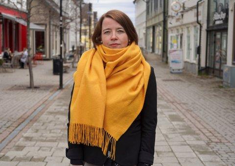UENIG: Nestleder i MDG, Kriss Rokkan Iversen ønsker gjerne å få svare på kritikken når hun får høre at partiet ikke har fokus på trafikksikkerhet.