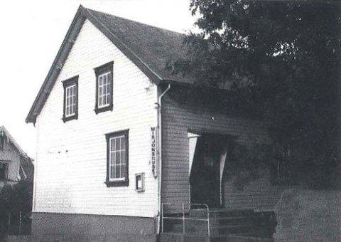 NAMNEKONKURRANSE: Det var fullt hus i Turnhallen på Bryne, 28. juni 1919, då Timebyens Vel arrangerte avrøysting.