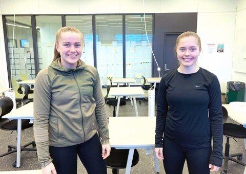 KLASSEVENNINNER: Ida Hetland Pedersen (t.v.) og Sofie Bjørnsen går i 2. klasse idrettsfag på Bryne vgs.