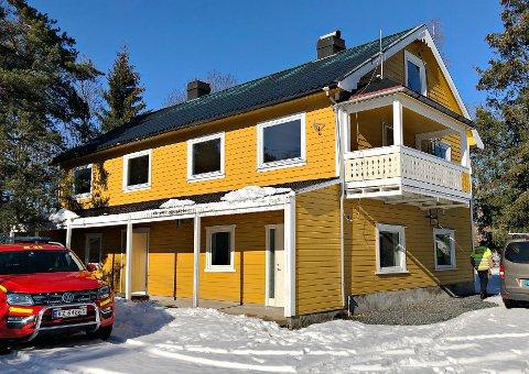 Hanekleiva 171: Tirsdag brenner dette huset, og brannmannskaper og røykdykkere får verdifull trening. Foto: VIB