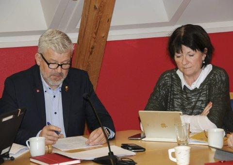 UKLART: Ifølge ordfører Jone Blikra og rådmann Inger Lysa er det fortsatt uklart hva slags turistkontordrift det blir. Men formannskapet har uansett satt av penger til formålet.