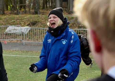 ELLEVILT: Eline Torneus slipper jubelen løs etter at Skjervøy IK har berget plassen i 3.-divisjon med seier borte mot Korsvoll i siste serierunde.