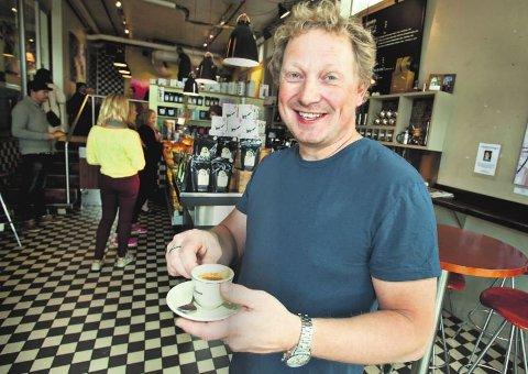 OVERSKUDD: Bjørn Olav Næsvold Helberg, eier av Kaffebønna. Foto: Vidar Dons Lindrupsen