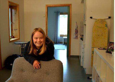 TRIVES: Ada Gaukerud Høye liker å være sjef i egen bolig på Søndre Nyborg. – Her er det jeg som er sjefen, sier hun.