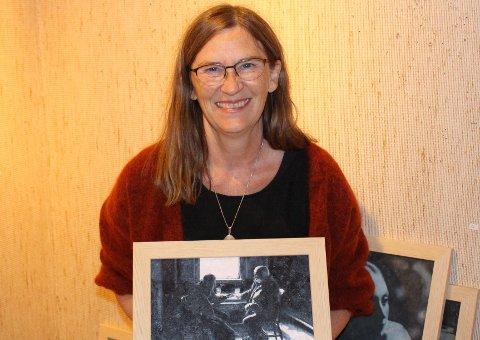 STOR UTSTILLING: Marit Saxegaard åpner ny separatutstilling i Gruppe 9 i Brevik. denne gang har hun med seg 50 tegninger og malerier aller mest i små formater. – Jeg skildrer hverdagsøyeblikkene, for det er i hverdagene vi opplever de største gledene. Utstillingen åpner søndag 3. oktober.