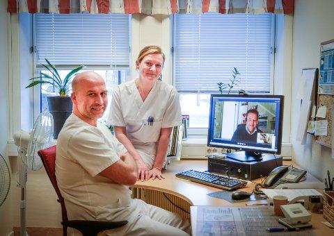 Overlege ved ortopedisk avdeling, Ivar Hanssen, og avdelingsleder ved kirurgisk poliklinikk, Kristine Hellesvik, begge ved Helgelandssykehuset Mo i Rana, mener bruk av videokonferanser kan spare pasienter for en eller flere reiser. Det har pasient Per Gunnar Hansen på dataskjermen fra kontoret sitt i Bodø, erfart er tilfelle.