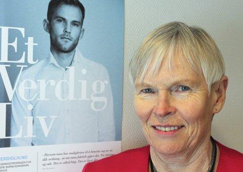 – søk nå: Leder for sekretariatet for oppreisningsordningen, Helga Riise, oppfordrer barnevernsbarn som har opplevd kritikkverdige forhold til å søke om erstatning. foto: Akershus fylkeskommune
