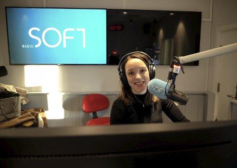 NY JOBB: Etter en periode i Radio Norge er Eirin Skarstein (32) fra Lørenskog programleder i den nye DAB-kanalen Radio Soft. FOTO: PRIVAT