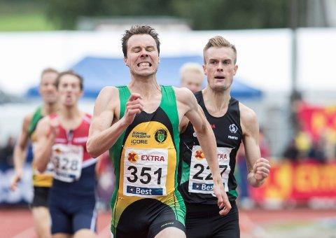 Thomas Rooth vant foran Filip Ingebrigtsen på 800 meter under NM i Byrkjelo. Foto: Vidar Ruud / NTB scanpix