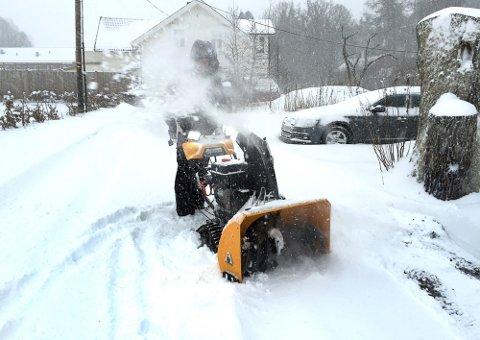 Søndag er det fullt mulig at du får brukt snøfreseren igjen.
