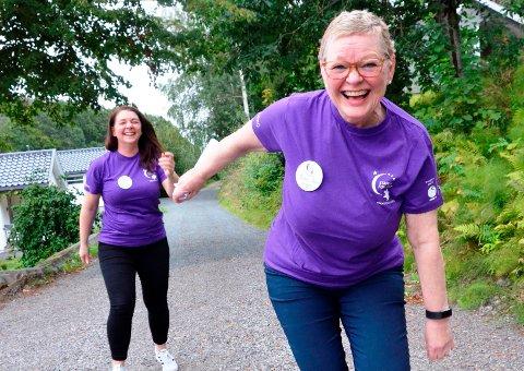 KREFTSYK: Det siste året har Inger-Marie Sandgren (63), som fikk påvist aggressiv brystkreft i desember i fjor, vært gjennom både cellegift, operasjon og stråling – for å nevne noe. Nå er hun klar for «Stafett for livet», sammen med blant andre datteren Hege Cathrine Andreassen (37, bak henne).