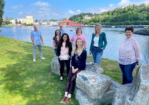 TILBAKE TIL SKOLEN: Både sjefen og de ansatte i Visit Telemark skal tilbake på skolebenken for å bli enda bedre.