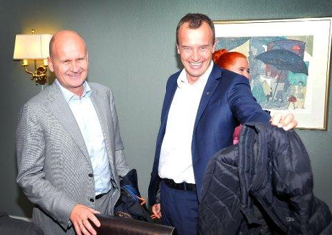 Fylkesordfører Rune Hogsnes (Vestfold) og Sven Tore Løkslid (Telemark). Bildet er tatt ved en tidligere anledning.