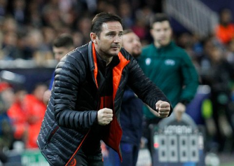 Chelsea's head coach Frank Lampard reacts during the Champions League group H soccer match between Valencia and Chelsea at the Mestalla stadium in Valencia, Spain, Wednesday, Nov. 27, 2019. (AP Photo/Alberto Saiz)