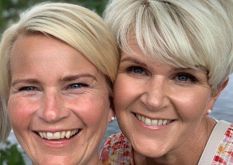 Inger Elin Myhre og Siw Diane Myhre Johanson får endelig tatt ferie etter en lang tid med pandemiarbeid.