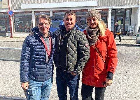 José Mijares, Jonathan Dillon og Elisabeth Jensen Dillon ønsker mer informasjon og samarbeid for å redde reiselivsnæringen.