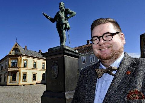 En slags seier:Knut Thomas Hareide-Larsen fikk ikke egen ordlyd, men det går et signal til rådmannen om  kultursponsing.