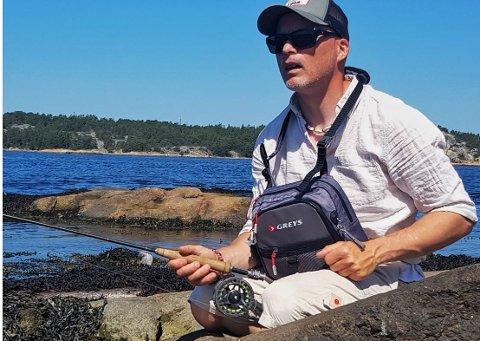 Bjørn Tore Kjølholt er lidenskapelig sportsfisker, men forteller at han slipper ut de største ørretene.