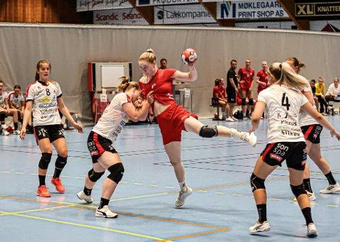 Ingeborg Furunes noterte seg for fem mål i sin FBK-debut.