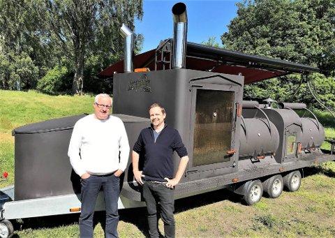 Gründerne Even Engelhardt (t. v.), Jan Ove Kjellesvig og Dovregubben. Foto: Dag Magnus Nielsen