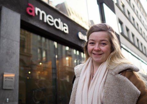Journalist: Julie Arntsen (25).