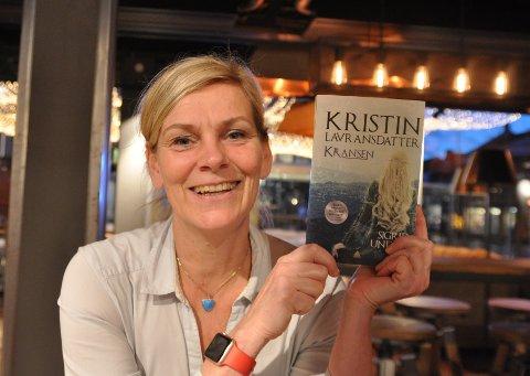 Kristin Brandtsegg Johansen får kritikk for moderniseringen av «Kransen», første bind i Sigrid Undsets trilogi «Kristin Lavransdatter».