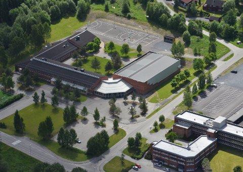 FÅR PENGER: Lunner ungdomsskole tildeles 12.000 kroner fra kommunens eget ungdomsråd.Arkivfoto