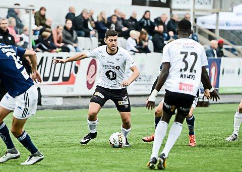 NY SESONG: Sabri Khattab spiller for Elverum også i 2018. Laget er i samme avdeling som blant andre FFK og Moss.