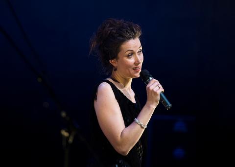 KLAR FOR KLUBBEN: Dina Billington spiller på Haldens Klub 13. oktober.